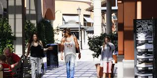 northgate mall thanksgiving hours macy u0027s to close 1 of its stores in simi valley