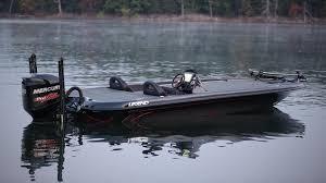 v 21 legend boats
