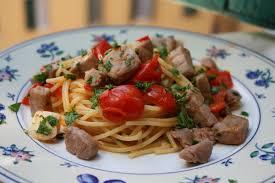 cuisiner thon frais spaghetti thon frais et tomates cerise la cuisine italienne