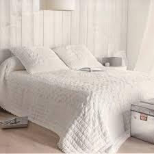 jeté de canapé alinea couvre lit alinea tete de lit style marocain u marseille with across