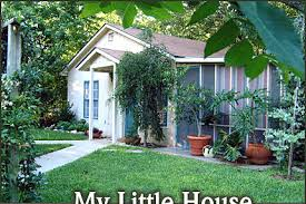 Backyard Little House My Little House Two Wee Cottages Fredericksburg Texas Bed Breakfast