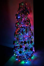 chicken wire tree 3 steps with pictures