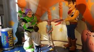 kids meet woody buzz lightyear walt disney hollywood
