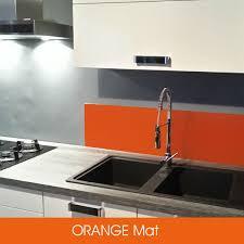 crédences de cuisine en verre laqué sur mesures credence de cuisine en verre depoli laque gris metal