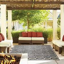 Suzanne Kasler Quatrefoil Border Indoor Outdoor Rug Drexel Heritage Maison Area Rugs Maison Salia For The Home