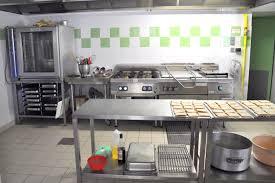 cuisine de collectivité hébergement collectif location chateau de la filolie thiviers