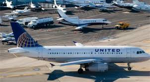 does united charge for luggage schumer urges united airlines to drop new policy to charge for carry