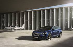 renault talisman 2016 interior 2016 renault talisman estate comes with enahced comfort features