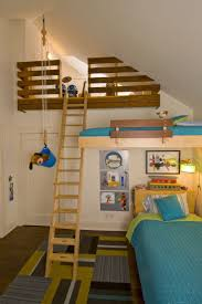 25 best childrens bedroom designs images on pinterest nursery 10 loft beds love this room 3 beds this is so cool it s even got a pulley