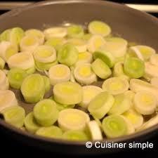 cuisiner les poireaux poireaux fondants à la moutarde cuisiner simple