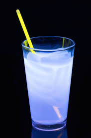 Best 25 Glow In The Dark Drinks Alcohol Ideas On Pinterest
