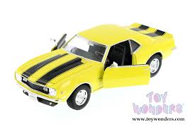 model camaro 1968 chevy camaro z28 by welly 1 24 scale diecast model car