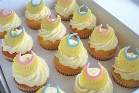 cupcakes for baby shower baby shower cupcake ideas 70 ba shower cakes and cupcakes ideas
