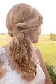 Einfache Elegante Frisuren Lange Haare by Seitlicher Pferdeschwanz Mit Diadem Leicht Gewellt Brautfrisur
