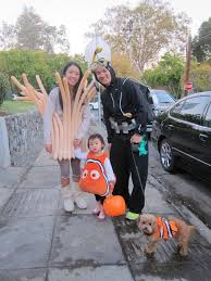 Pregnant Family Halloween Costumes Halloween Family Costume 2013 Finding Nemo Grace Ling Yu