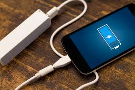 3 ways to charge your phone quickly