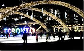 christmas light show toronto the bay s xmas windows toronto historic toronto