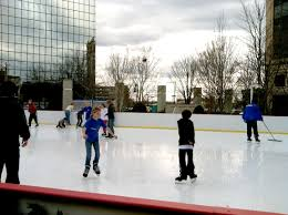 city u0027s ice skating rink extends its run by a fortnight