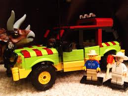 jurassic park tour car lego jurassic jungle explorer alan grant john hammond