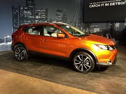 nissan qashqai united states detroit 2017 nissan rogue sport aims to strike gold for the
