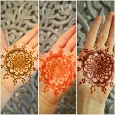 farbentfaltung von natürlichem henna meinhenna