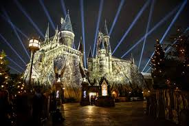 nighttime lights at hogwarts the nighttime lights at hogwarts castle at universal s islands of