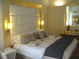 la chambre la chambre ร ปถ ายของ palazzo caracciolo napoli mgallery by