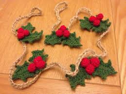 crochet christmas garlands and on pinterest idolza