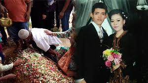 film elsa menikah pacaran 6 tahun mempelai wanita meninggal 2 jam sebelum akad nikah