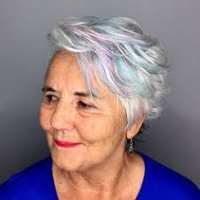 what hairstyle for an oval with jowls best haircut for over 50 woman with jowls and hooded eyelids