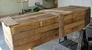 how to make a coffin pallet wood toe pincher coffin