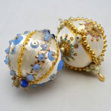 vintage beaded ornaments white from upswingvintage on