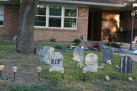 Home Decorations For Halloween by Best Neighborhoods And Streets For Halloween Decorations Tampa 058