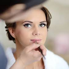 professional make up makeup questions answered the dos don ts of getting your makeup