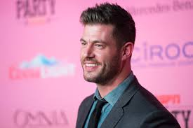 jesse palmer new haircut exclusive q a former nfl player and current analyst jesse palmer