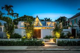 frank lloyd wright inspired home in key west for 1 3m curbed miami