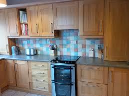 oak shaker style kitchen cabinet doors solid oak shaker style kitchen cupboard doors and drawers