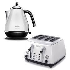 Delonghi Four Slice Toaster De U0027longhi Micalite 4 Slice Toaster And Kettle Bundle White