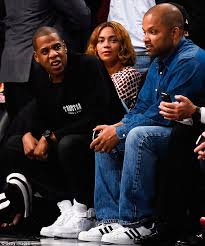 Jay Z Diving Memes - beyonce and jay z have awkward exchange at brooklyn nets game