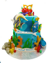 nemo cake toppers finding nemo 2 tier cake with fondant topper and pieces awesome