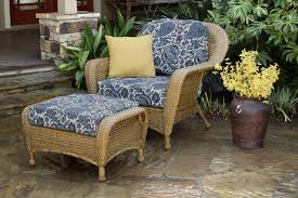 the lexington all weather wicker club chair u0026 ottoman bundle