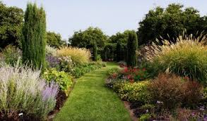 create a flower bed using grasses ornamental grasses for landscaping