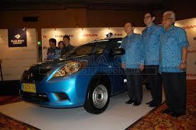 nissan almera untuk dijual nissan almera jadi armada baru taksi blue bird merdeka com