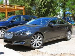 planning on buying a used jaguar xf read this handy guide first