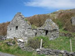 famine house lots in this area picture of slea head drive