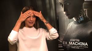 alicia vikander explains how her robot suit works in u0027ex machina