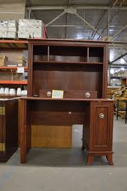 Donate Used Furniture by Cheap Discount Office Furniture Desks U0026 Chairs For Sale Austin