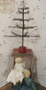 primitive christmas tree christmas trees primitive simplistic antique decor decorating