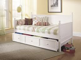 Mattress For Daybed Casey Daybed Size Bed W Trundle In Honey Maple White Xiorex