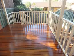 Spotted Gum Laminate Flooring Intergrain Ultra Deck Brings Out The Best Of A Spotted Gum Deck